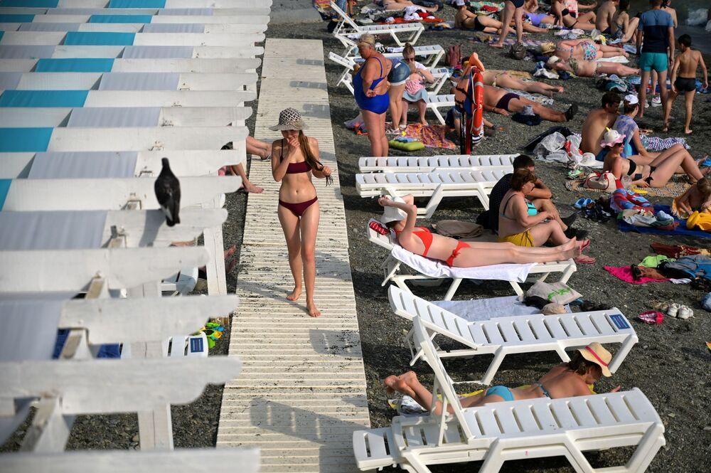 """Odpoczynek na plaży """"Circus"""" w Soczi"""