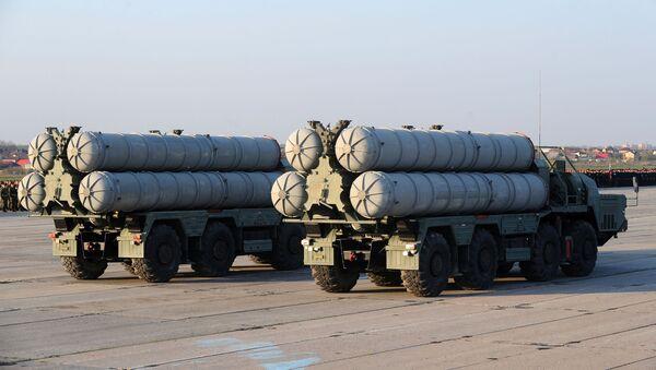 Wyrzutnie S-400 Triumf - Sputnik Polska