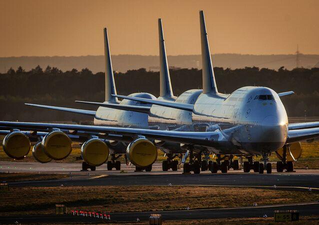 Samoloty Boeing 747 Lufthansy, Frankfurt