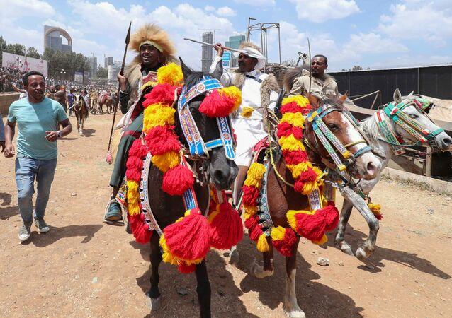 Popularny piosenkarz z Etiopii Haacaaluu Hundeessaa. Zdjęcie archiwalne
