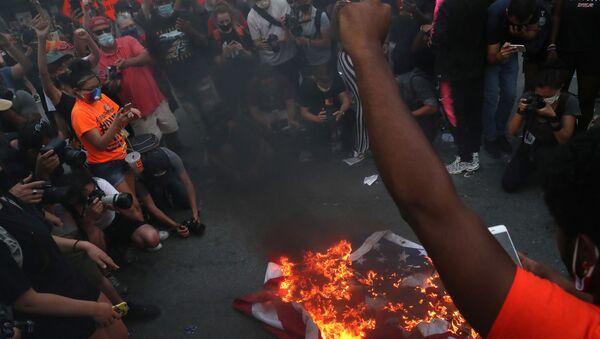 Protesty w USA, 4 lipca 2020 r. - Sputnik Polska
