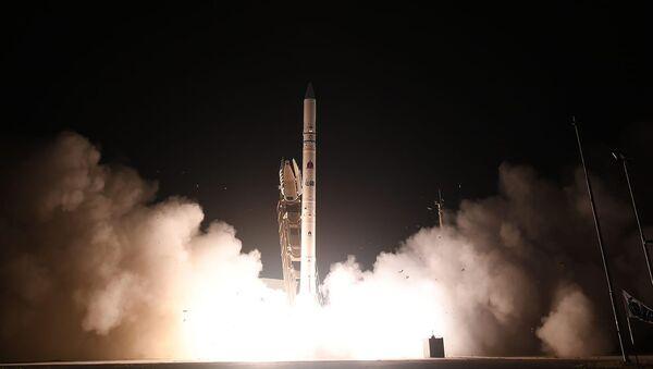 Wystrzelenie satelity Ofeq-19 z bazy w Palmachim w środkowym Izraelu - Sputnik Polska