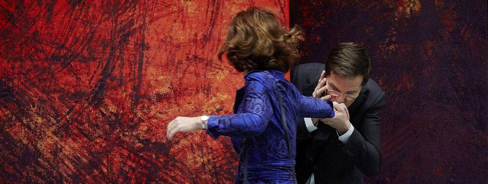 Premier Holandii Mark Rutte i przewodnicząca Izby Anushka van Miltenburg, 2013 rok