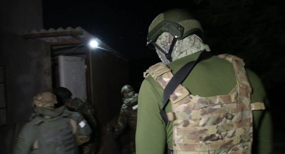 Funkcjonariusze FSB Rosji w czasie zatrzymania uczestników międzynarodowej organizacji terrorystycznej Hizb at-Tahrir