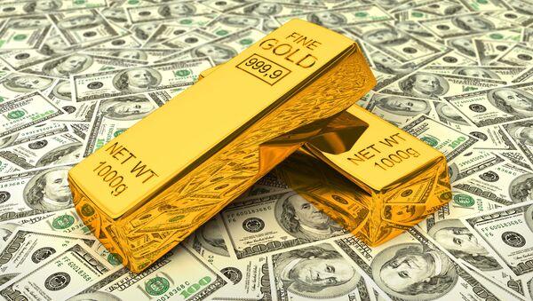 Sztabki złota na dolarach - Sputnik Polska