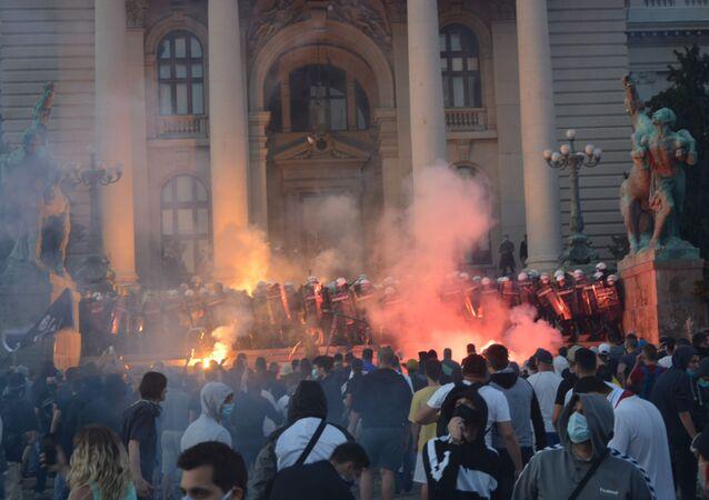 Protesty w Serbii