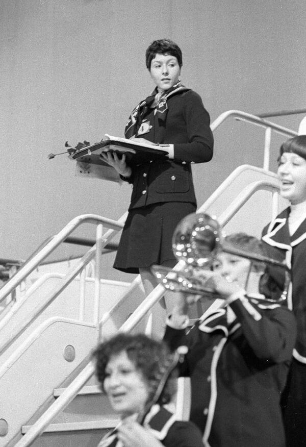 Zwyciężczyni międzynarodowego konkursu stewardess krajów socjalistycznych Irina Bazhenova, 1977 rok - Sputnik Polska