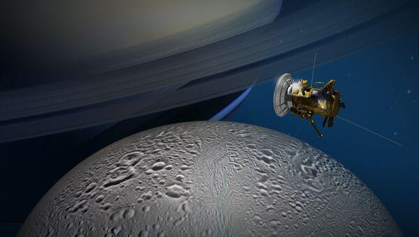 Sonda Cassini zbliża się do księżyca Saturna Enceladusa - Sputnik Polska