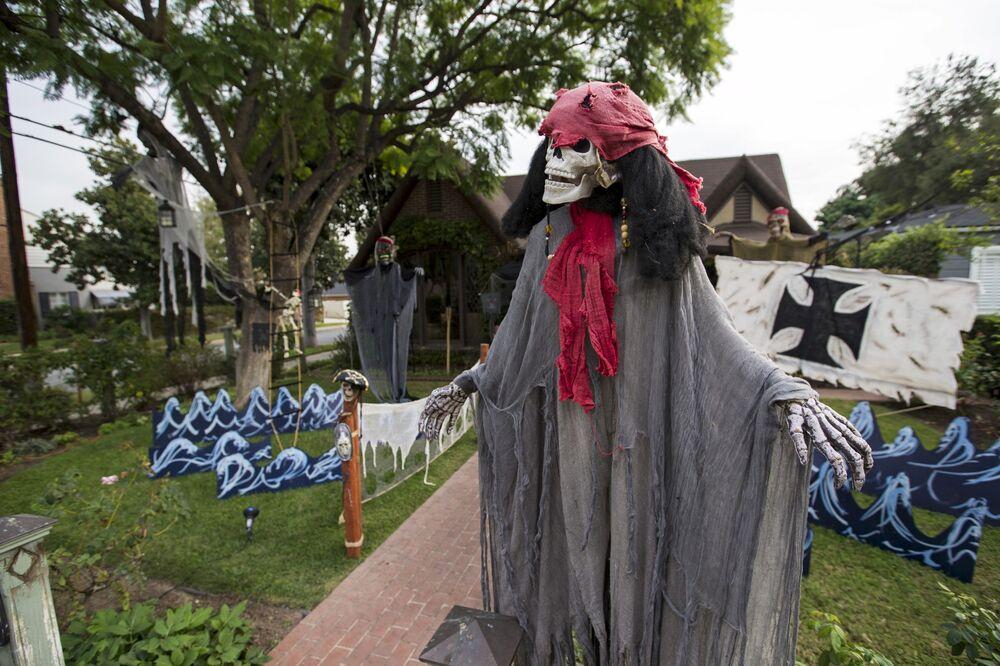 Ogródek przygotowany do obchodzenia Halloween