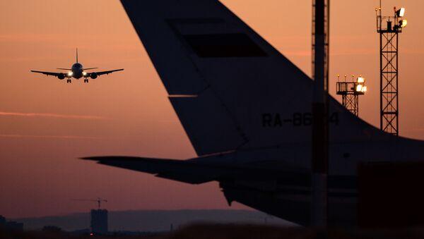 Samoloty na lotnisku Tołmaczowo - Sputnik Polska