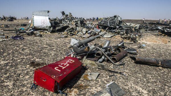 Wrak rosyjskiego samolotu pasażerskiego Airbus A321 który rozbił się na Półwyspie Synaj - Sputnik Polska