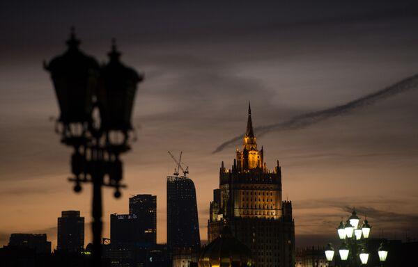 Widok na gmach Ministerstwa Spraw Zagranicznych w Moskwie - Sputnik Polska