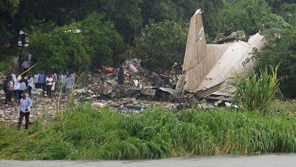 Fragmenty samolotu transportowego An-12 w Sudanie Południowym - Sputnik Polska