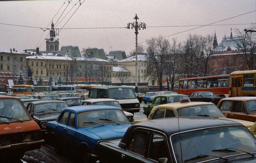 Korek w centrum miasta, 1984 rok