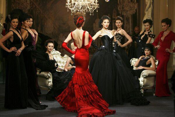 Modelki podczas imprezy Cartier High Jewellery w Szanghaju - Sputnik Polska