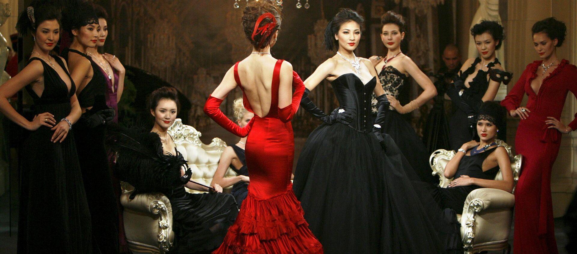 Modelki podczas imprezy Cartier High Jewellery w Szanghaju - Sputnik Polska, 1920, 17.02.2021