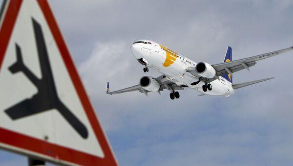 Samolot Boeing 737 - Sputnik Polska