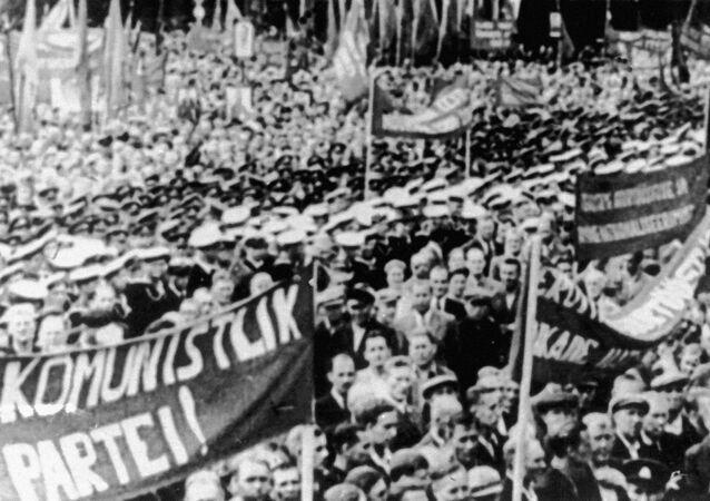 Wiec poparcia dla wejścia Republiki Estońskiej w skład ZSRR