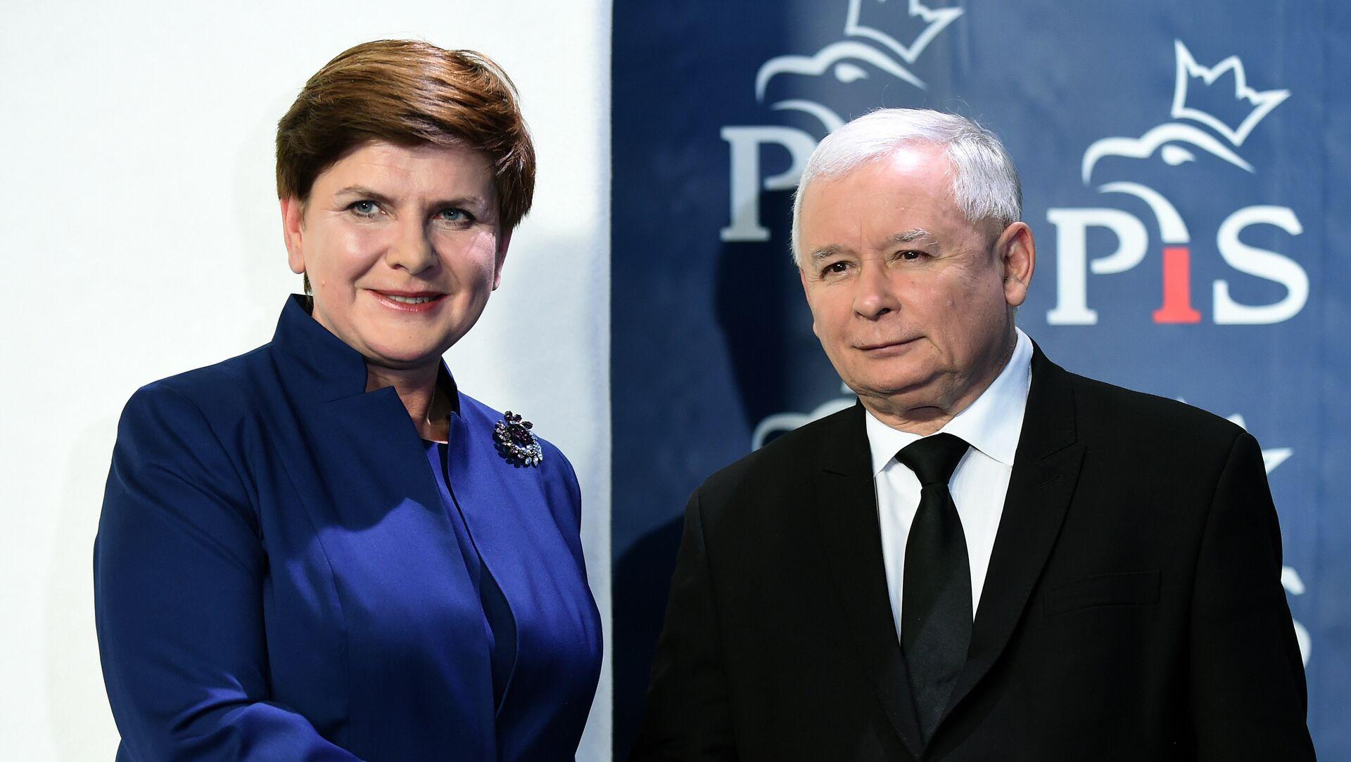 Prezes PiS Jarosław Kaczyński i premier Polski Beata Szydło - Sputnik Polska, 1920, 20.05.2021