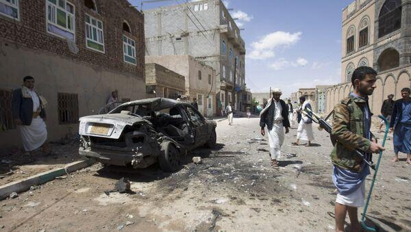 W zaatakowanych meczetach modlili się przede wszystkim szyici z plemienia Huti, którzy kontrolują Sanę i większą część Jemenu - Sputnik Polska