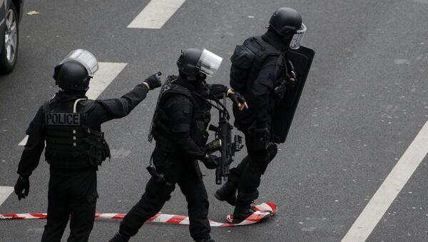 Policja we Francji - Sputnik Polska