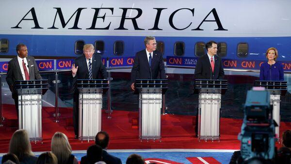Kandydaci na prezydenta z ramienia Republikanów podczas drugiej debaty republikańskich kandydatów na prezydenta, Kalifornia, USA, 16 września 2015 - Sputnik Polska