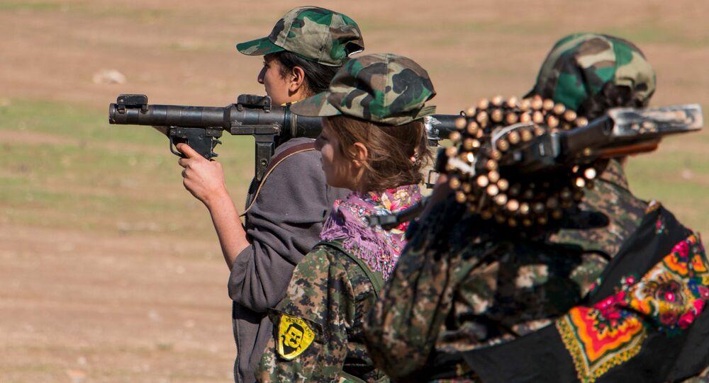 Kurdyjskie kobiety-żołnierze