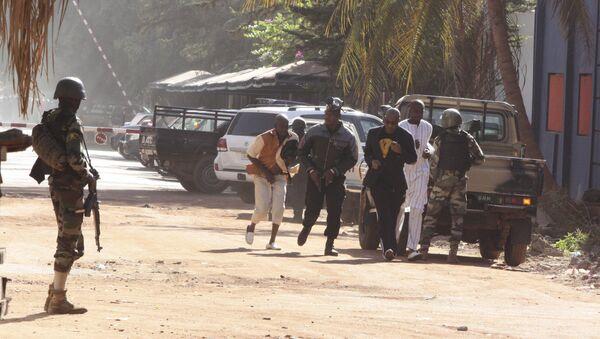 Zamach na Radisson Blu Hotel w Bamako - Sputnik Polska