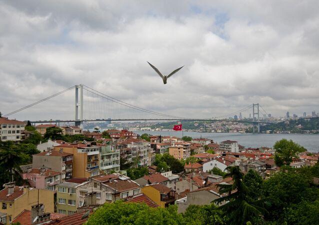 Most przez Bosfor w Stambule