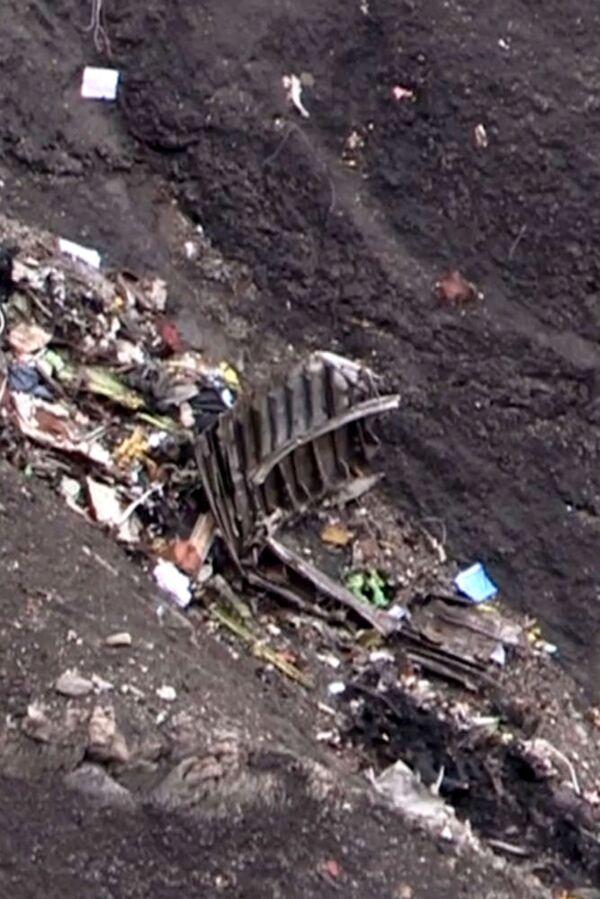 Szczątki samolotu Germanwings, który rozbił się 24 marca 2015 w Alpach - Sputnik Polska