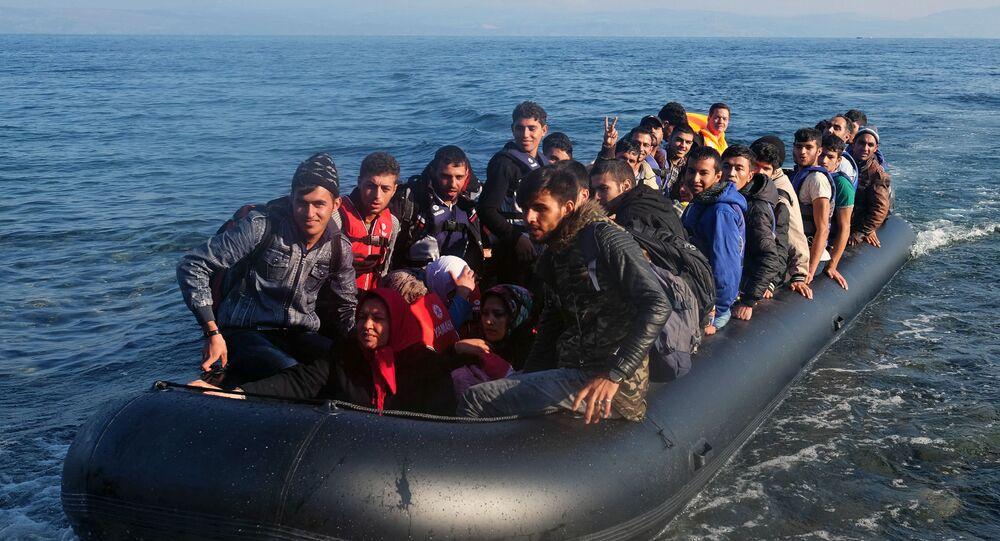 Uchodźcy z Bliskiego Wschodu przybywają na wyspę Lesbos