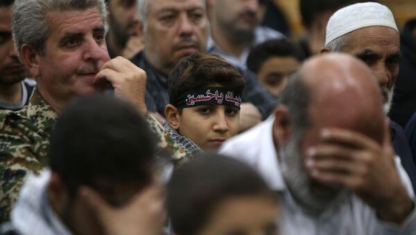 Syryjscy muzułmanie szyici modlą się podczas Aszury w Damaszku - Sputnik Polska