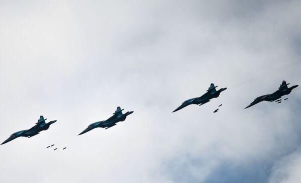 Samoloty Su-34 - Sputnik Polska