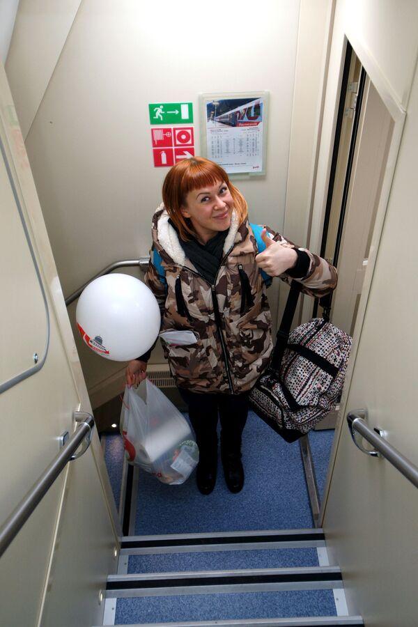 Pasażer nowego dwupiętrowego pociągu Samara-Moskwa - Sputnik Polska