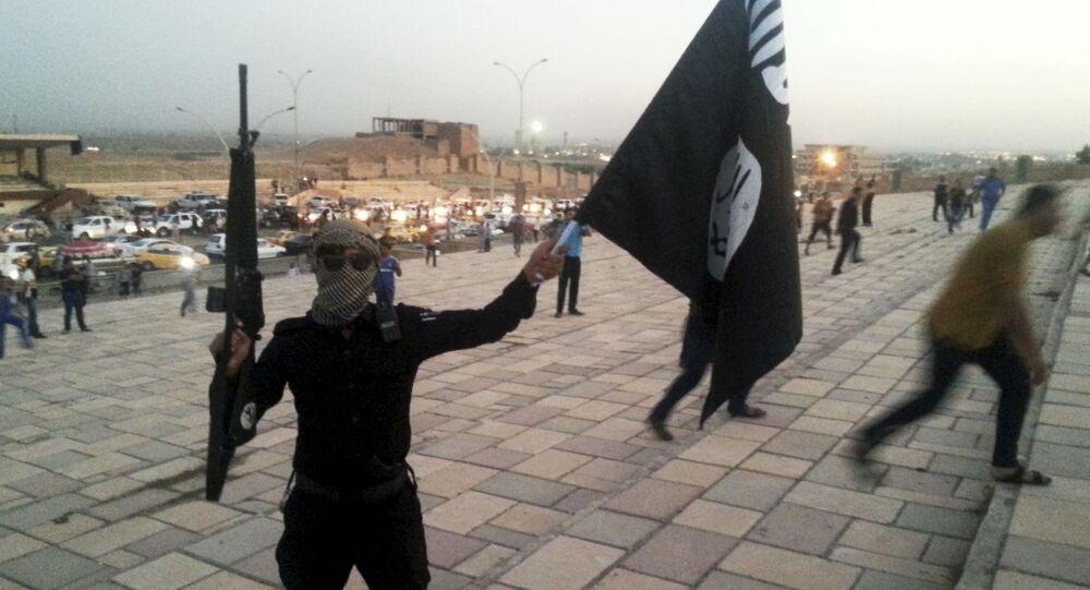 Członek organizacji terrorystycznej Państwo Islamskie