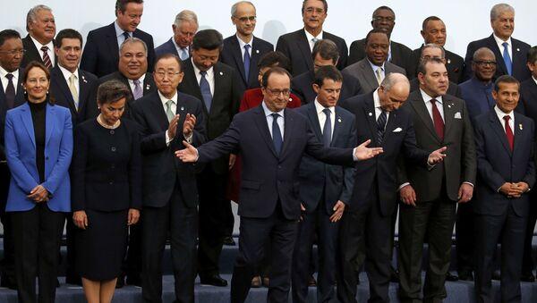 Liderzy krajów konwencji klimatycznej ONZ na konferencji w Paryżu - Sputnik Polska