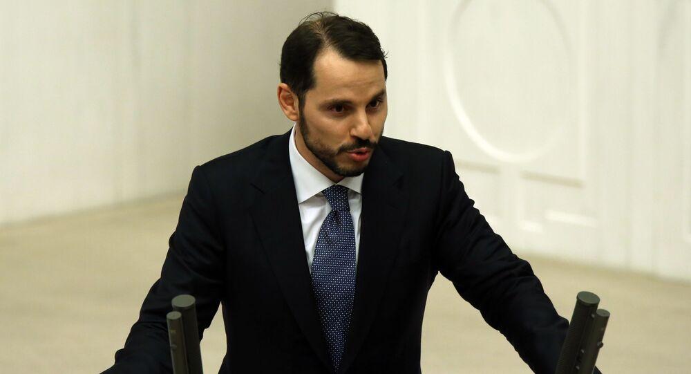 Minister energetyki i zasobów naturalnych Berat Albayrak