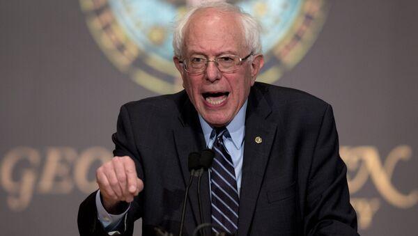 Kandydat na prezydenta USA Bernie Sanders - Sputnik Polska