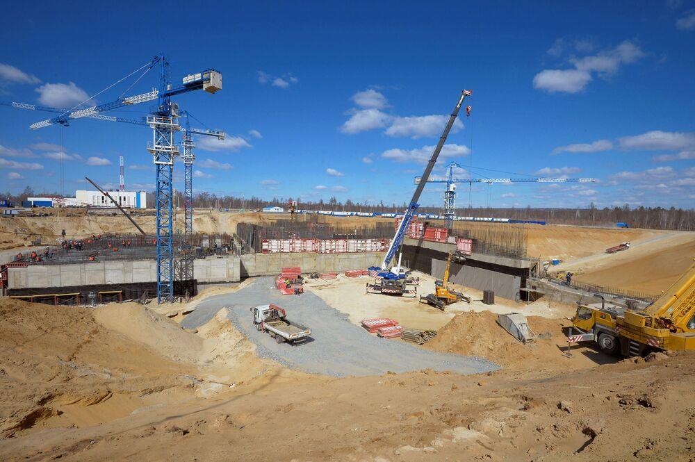 Widok na plac budowy kosmodromu Wostocznyj budowany w pobliżu wsi Uglegorsk w obwodzie amurskim.