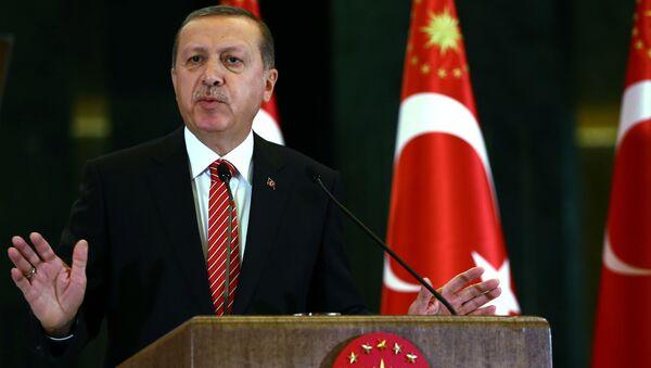 Prezydent Turcji Tayyip Recep Erdogan - Sputnik Polska