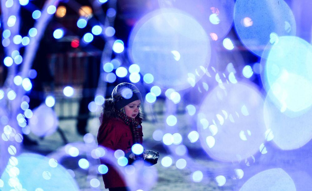 Otwarcie festiwalu rzeźb z lodu i śniegu Lodowa Moskwa. W gronie rodziny