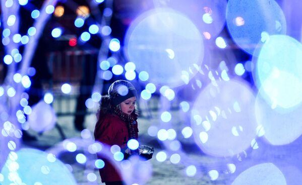 Otwarcie festiwalu rzeźb z lodu i śniegu Lodowa Moskwa. W gronie rodziny - Sputnik Polska