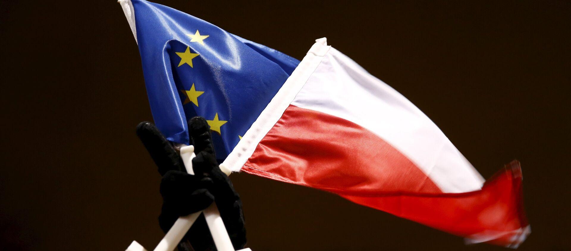 Flaga Polski i Unii Europejskiej - Sputnik Polska, 1920, 26.05.2021