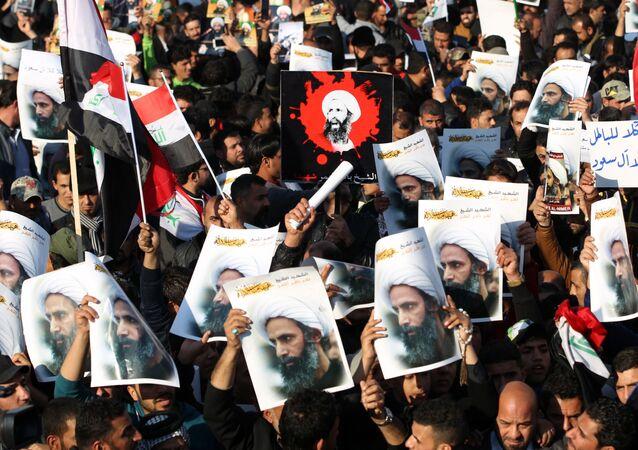 Iraccy szyici podczas demonstracji w Bagdadzie
