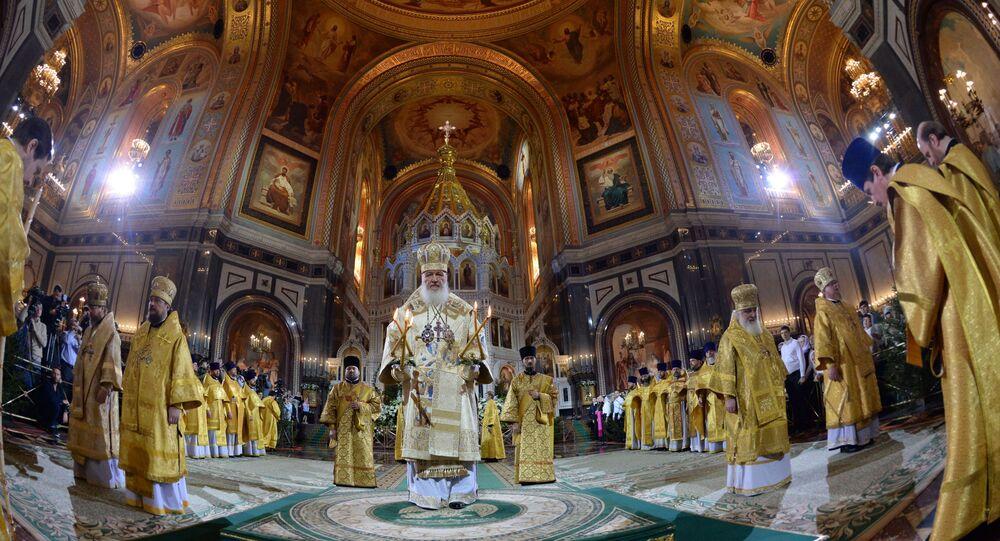 Patriarcha moskiewski i całej Rusi Cyryl podczas nabożeństwa w Soborze Chrystusa Zbawiciela w Moskwie