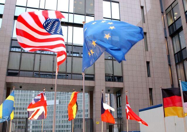 Flagi USA i UE