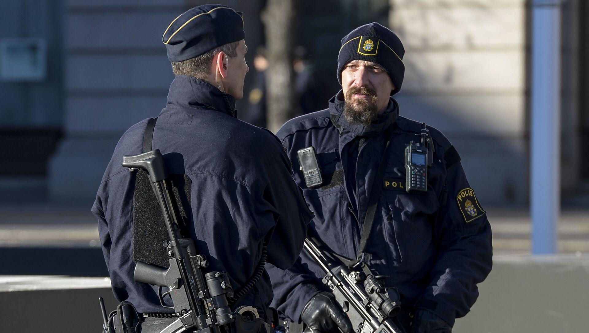 Szwedzka policja w Sztokholmie - Sputnik Polska, 1920, 03.03.2021