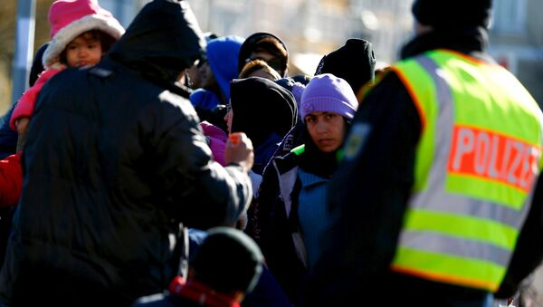 Uchodźcy na austriacko-niemieckiej granicy - Sputnik Polska