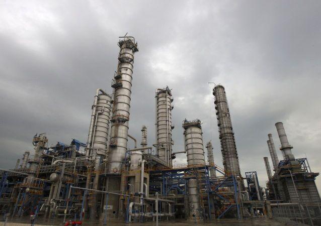 Rafineria w Iranie