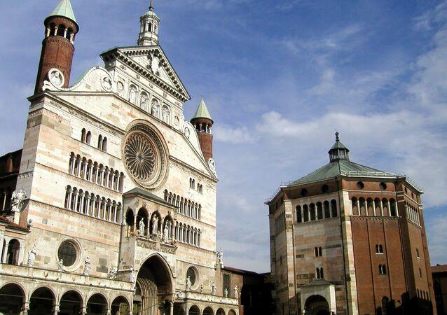 Baptysterium w Cremonie, Lombardia